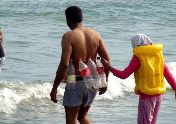 Ξεκαρδιστικές στιγμές στην παραλία (3)