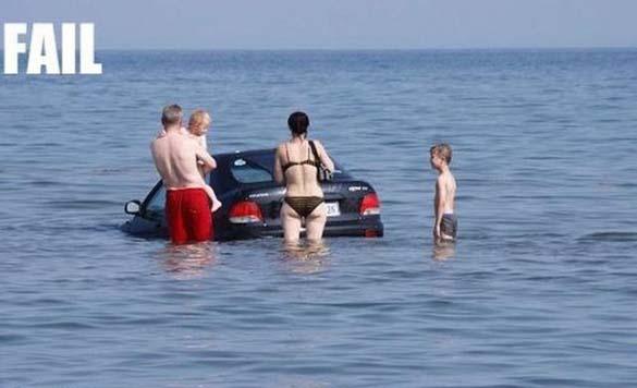 Ξεκαρδιστικές στιγμές στην παραλία (14)