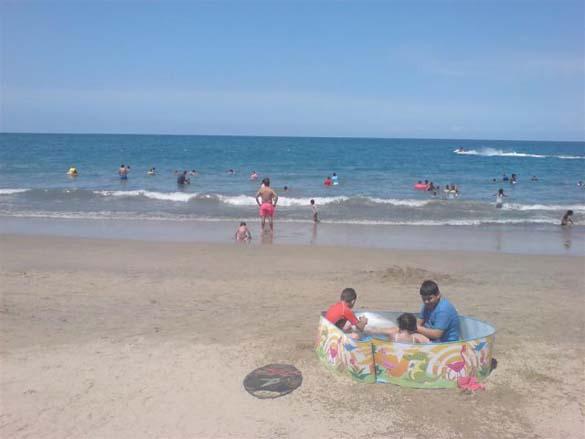 Ξεκαρδιστικές στιγμές στην παραλία (18)
