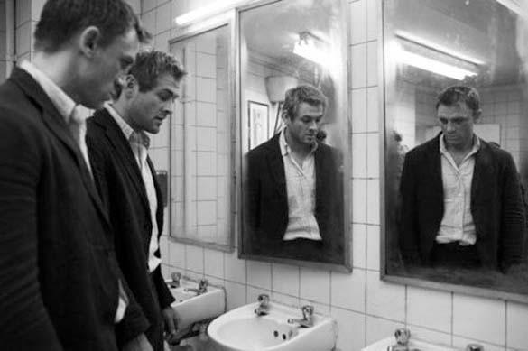 Στα παρασκήνια των ταινιών «James Bond» (19)