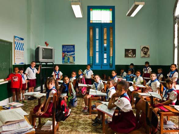 Σχολικές αίθουσες απ' όλο τον κόσμο (6)