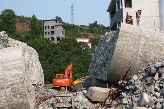 Απίστευτα κατασκευαστικά λάθη στη Κίνα (1)