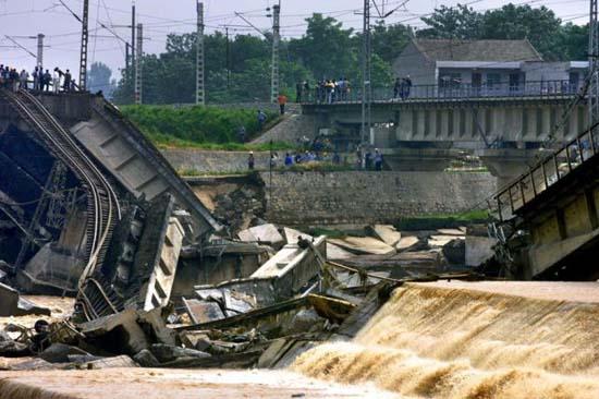 Απίστευτα κατασκευαστικά λάθη στη Κίνα (6)