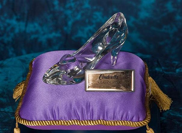 Darlene Flynn:Η lady των παπουτσιών έχει στην κατοχή της 16.400 παπούτσια!! (4)