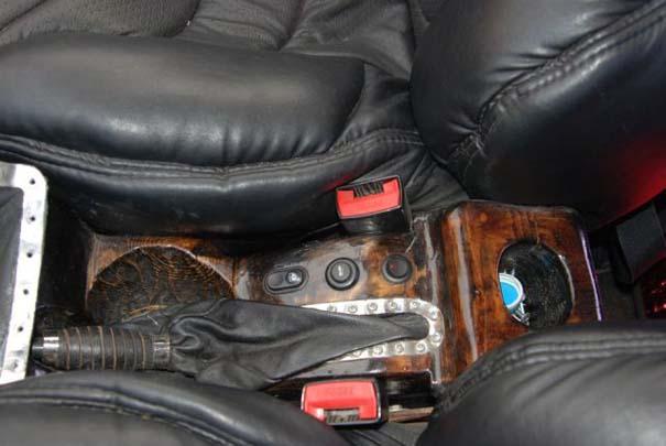 Ένα Lada με μοναδική εσωτερική επένδυση (7)