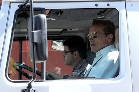 Το νέο «αυτοκινητάκι» του Arnold Schwarzenegger (3)