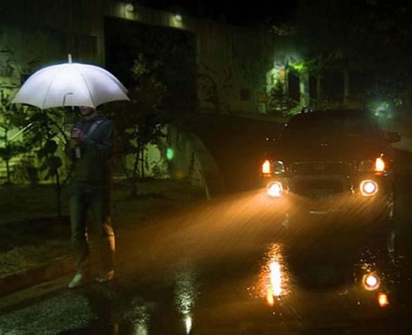 Παράξενες ομπρέλες (7)