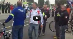 Ποδηλάτης αλλάζει ποδήλατο χωρίς να σταματήσει (Video)
