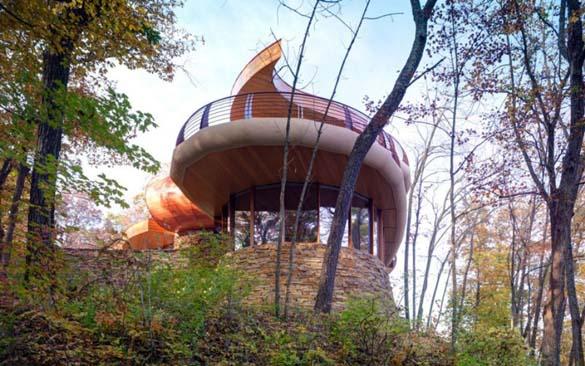 Ένα στολίδι της αρχιτεκτονικής μέσα στη φύση (10)