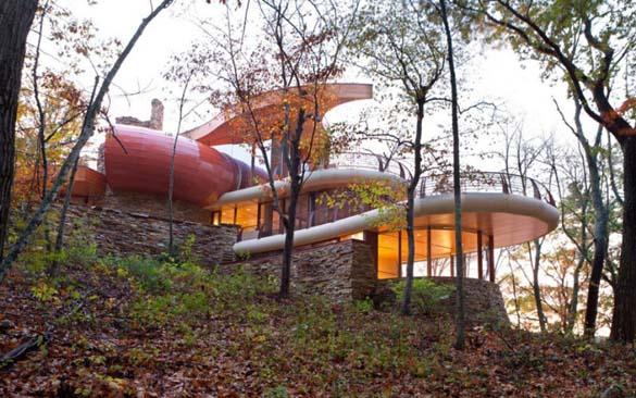Ένα στολίδι της αρχιτεκτονικής μέσα στη φύση (11)