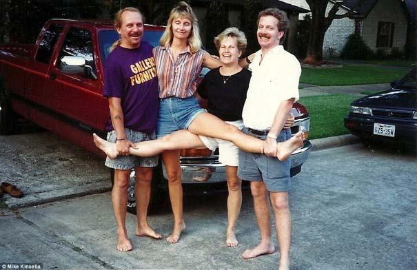 4 αδέρφια φωτογραφίζονται σε μια θεότρελη πόζα επί 25 χρόνια (1)