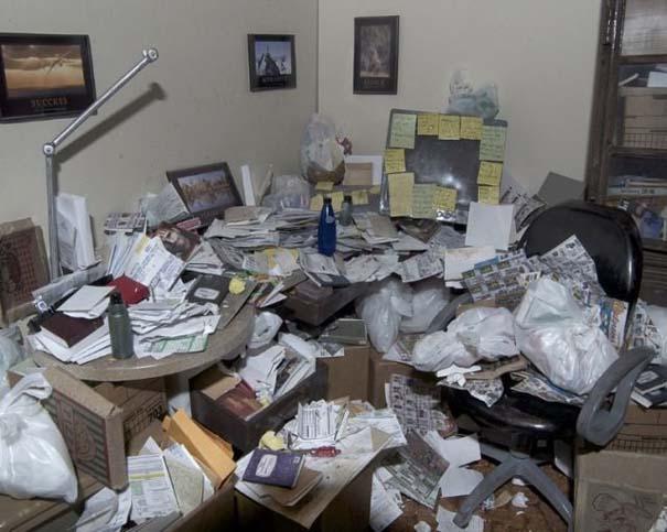 Ακατάστατα γραφεία (18)