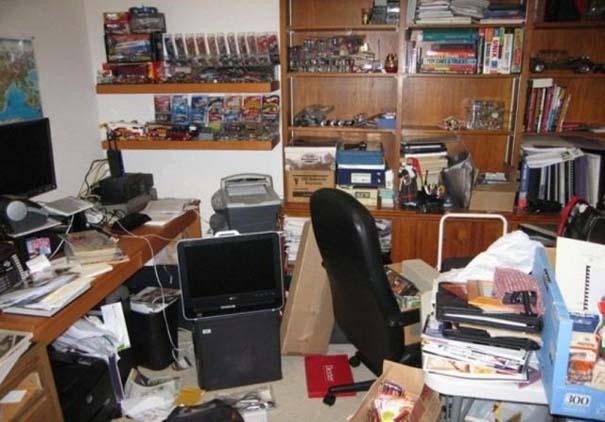 Ακατάστατα γραφεία (21)