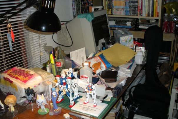 Ακατάστατα γραφεία (29)