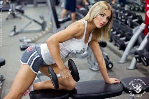 Catherine Vandareva: Ένα μοντέλο που... δέρνει! (26)