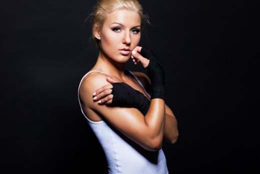Catherine Vandareva: Ένα μοντέλο που... δέρνει! (33)