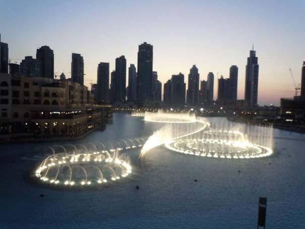 Dubai Fountain: Το εντυπωσιακότερο συντριβάνι στον κόσμο (5)