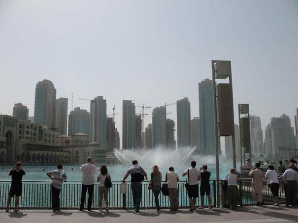 Dubai Fountain: Το εντυπωσιακότερο συντριβάνι στον κόσμο (6)