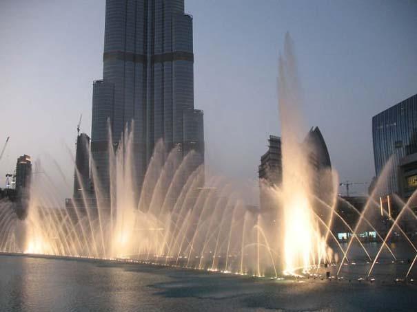 Dubai Fountain: Το εντυπωσιακότερο συντριβάνι στον κόσμο (7)