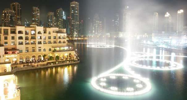 Dubai Fountain: Το εντυπωσιακότερο συντριβάνι στον κόσμο (12)