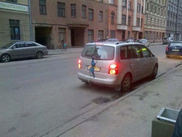 Εν τω μεταξύ, στη Λετονία... (9)