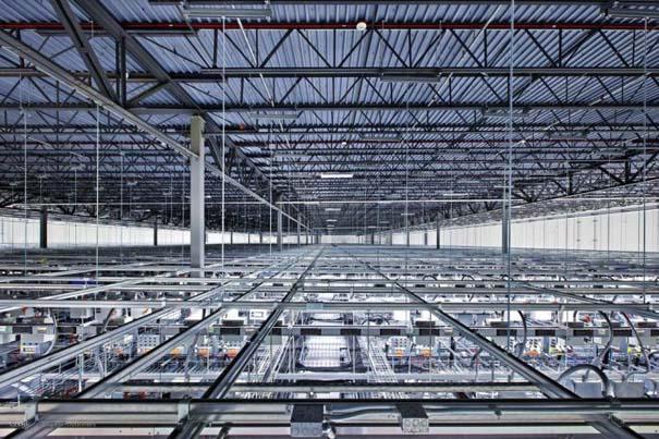 Google Data Center (6)
