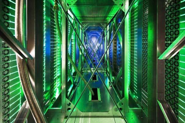 Google Data Center (23)