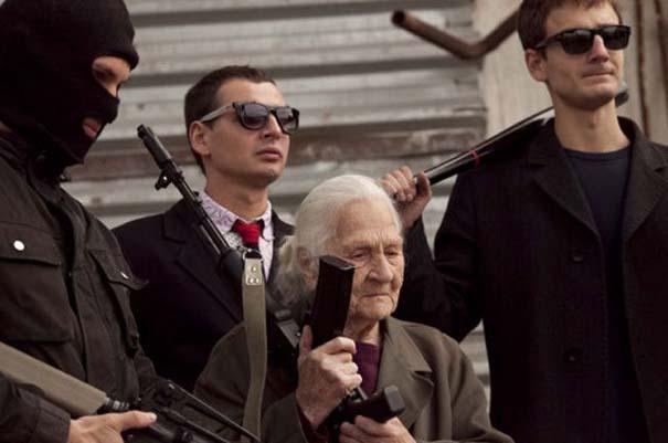 Κανείς δεν τα βάζει με αυτή την γιαγιά (3)