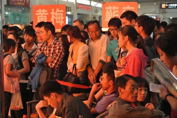 Δείτε τι γίνεται στα «ΚΤΕΛ» της Κίνας σε περίοδο διακοπών (5)