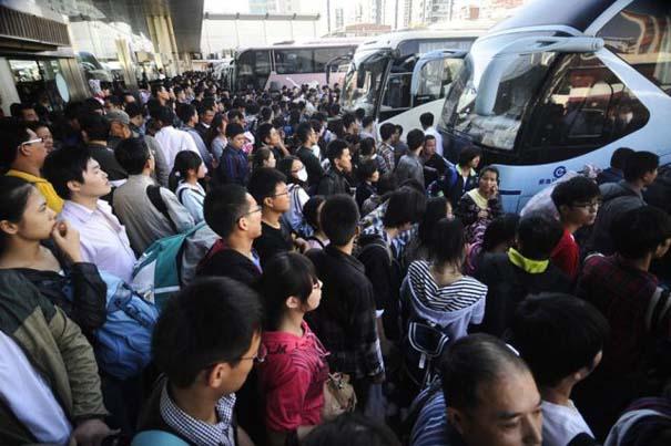 Δείτε τι γίνεται στα «ΚΤΕΛ» της Κίνας σε περίοδο διακοπών (7)
