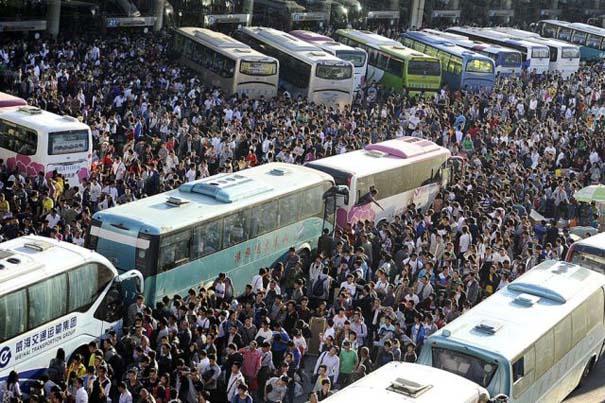 Δείτε τι γίνεται στα «ΚΤΕΛ» της Κίνας σε περίοδο διακοπών (8)