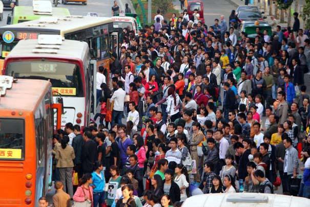 Δείτε τι γίνεται στα «ΚΤΕΛ» της Κίνας σε περίοδο διακοπών (12)