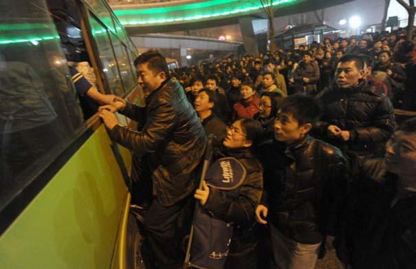 Δείτε τι γίνεται στα «ΚΤΕΛ» της Κίνας σε περίοδο διακοπών (14)