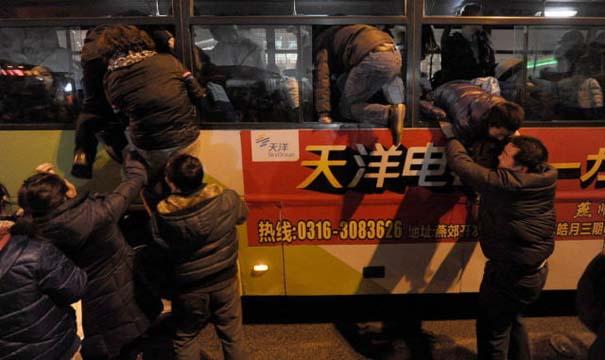 Δείτε τι γίνεται στα «ΚΤΕΛ» της Κίνας σε περίοδο διακοπών (15)