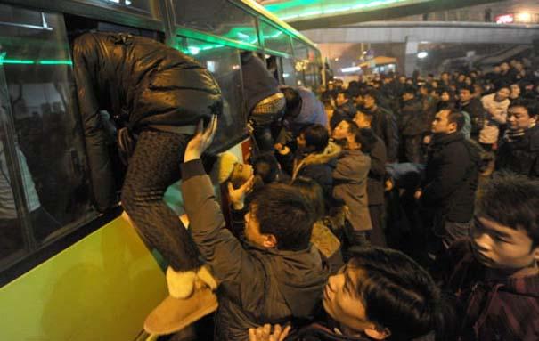 Δείτε τι γίνεται στα «ΚΤΕΛ» της Κίνας σε περίοδο διακοπών (17)