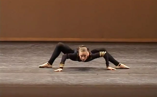 Milena Sidorova: Μια πραγματική γυναίκα αράχνη (Video)
