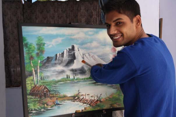 Νεαρός έχασε τα δυο του χέρια κι έγινε ζωγράφος! (5)