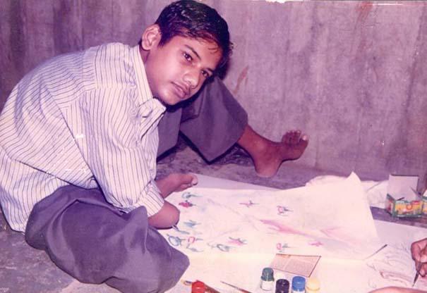 Νεαρός έχασε τα δυο του χέρια κι έγινε ζωγράφος! (8)