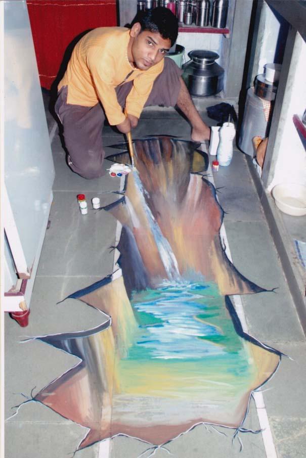 Νεαρός έχασε τα δυο του χέρια κι έγινε ζωγράφος! (9)