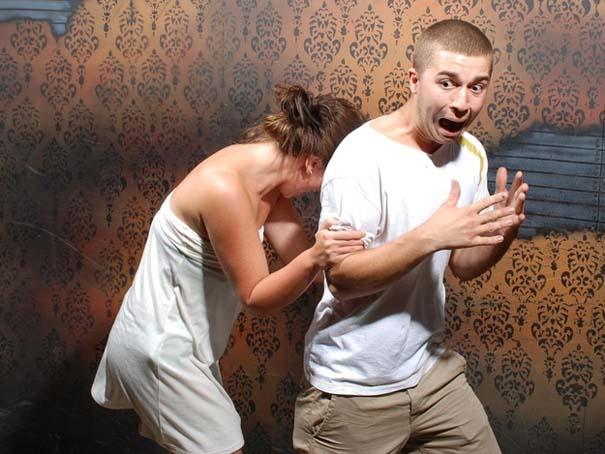 Παλικάρια σε «Στοιχειωμένο σπίτι» με ξεκαρδιστικά τρομοκρατημένες αντιδράσεις (36)