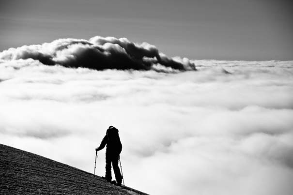 Πάνω απ' τα σύννεφα (4)