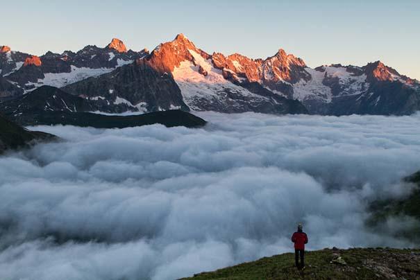 Πάνω απ' τα σύννεφα (5)