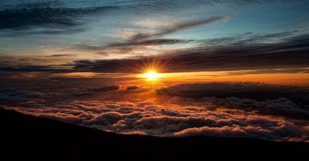 Πάνω απ' τα σύννεφα (8)