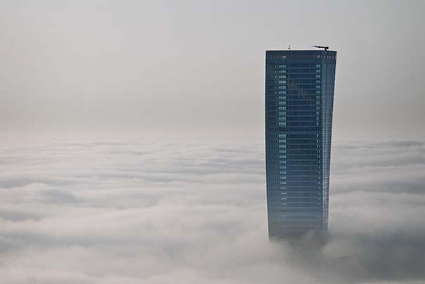 Πάνω απ' τα σύννεφα (11)