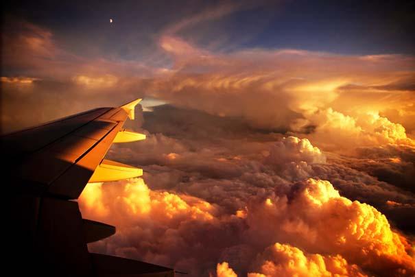 Πάνω απ' τα σύννεφα (13)
