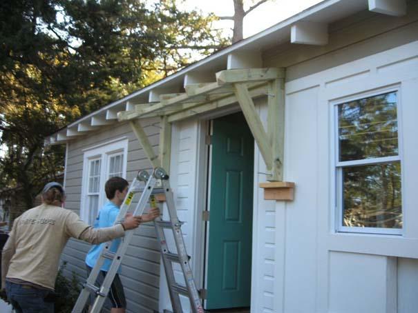 Πατέρας και γιος φτιάχνουν ένα σπίτι από την αρχή (11)