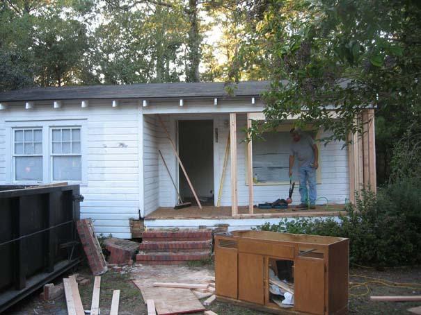 Πατέρας και γιος φτιάχνουν ένα σπίτι από την αρχή (15)