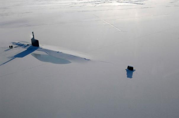 Υποβρύχιο στον πάγο | Φωτογραφία της ημέρας