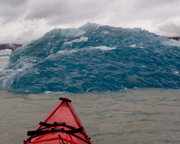 Η άλλη όψη ενός παγόβουνου   Φωτογραφία της ημέρας