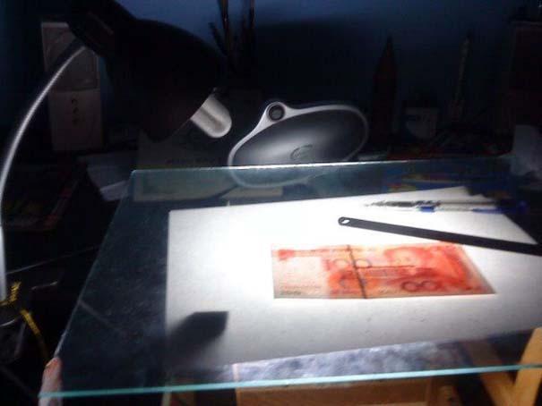 Ταλαντούχος καλλιτέχνης ζωγραφίζει πιστά αντίγραφα χαρτονομισμάτων (13)